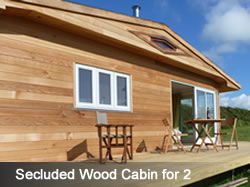 Secluded Wood Cabin for 2 in North Cornwall